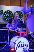 Tristan en un concierto en Londres para promocionar Meet The Vamps