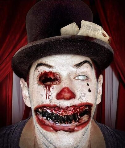 File:Scary-clown-costume-with-no-teeth-and-one-eye.jpg