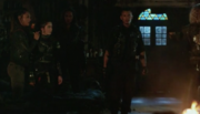 THE 100 5x12-CLARKE,MADI,SHAW,RAVEN