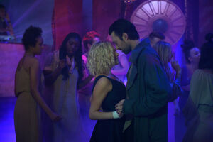6x04Promo Clarke&Cillian Dance