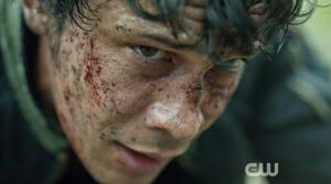 The 100 2x04 – Many Happy Returns - Bellamy