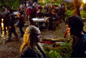 Bellamy-and-Clarke-in-Unity-Day-the-100-tv-show-37058749-1280-861