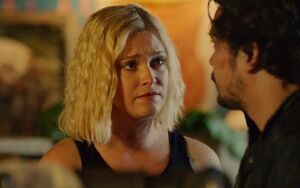 The 100 S6 episode 4 - Clarke & Bellamy