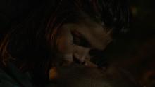 2x08 Octavia Lincoln Kuss