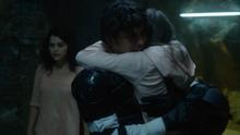 Bell fox hug1 2x13