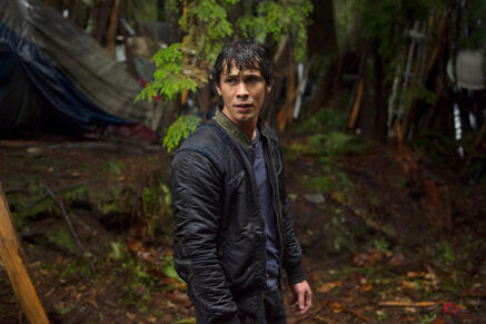 Zap-the-100-season-1-finale-we-are-grounders-p-001
