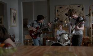 S01E12-Matthews band
