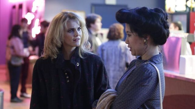 File:The Americans - Episode 4.08 - The Magic of David Copperfield V.jpg