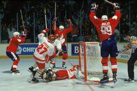 Gretzky-Lemieux-Canada-Cup-1987