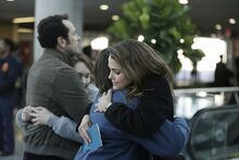 3-Mar-83 Episode airport hug