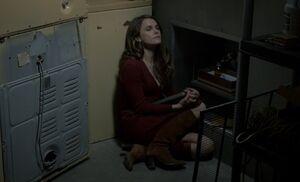 S01E13-Liz listens to Mom tape