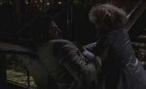 S03E01-Aderholt Liz struggle1