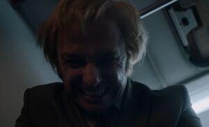 S04E02-Philip strangler