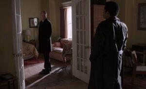S04E06-Stan Dennis at Marthas