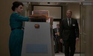 S02E13-Robot1