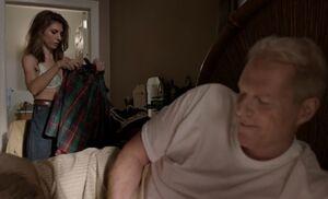 S04E01-Tori and Stan
