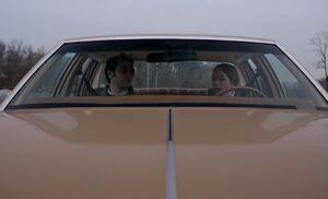 S04E09-Driving lesson