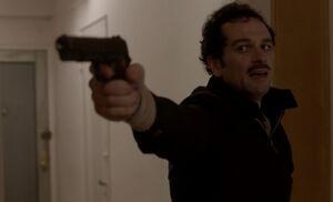 S01E02-Blackmail man