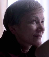 Elizabeth's Mother in 8-Mar-83 episode