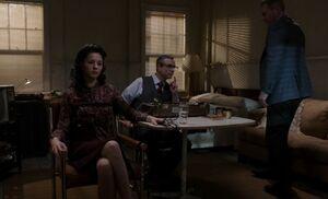 S02E07-Nina takes poly