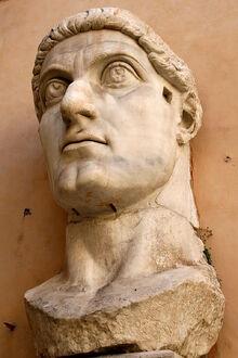 800px-0 Constantinus I - Palazzo dei Conservatori (2)