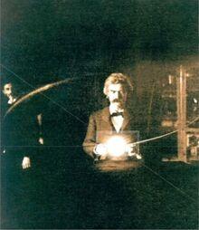 Twain y el Fruto de Tesla