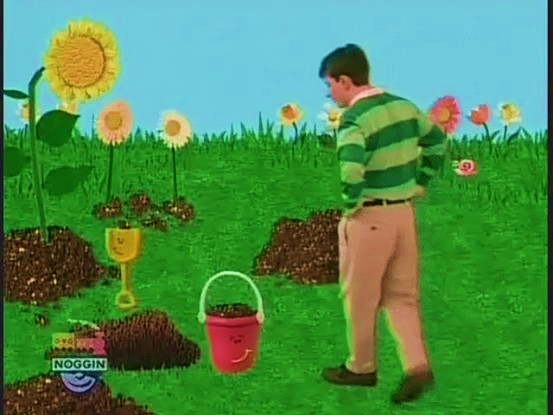 shovel and pail blues clues. File:Shovel And Pail Dug A Hole.jpg Shovel Blues Clues