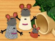 Blue's Clues Paprika, Mr. Salt and Mrs. Pepper as Bears