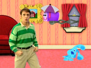 Blue's Clues Mailbox with Umbrella