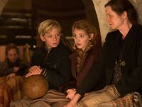 The-book-thief-emily-watson-sophie-nelisse