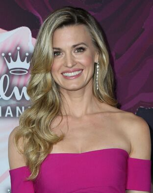 Brooke-d-orsay-at-hallmark-channel-all-star-party-arrivals-tca-winter-press-tour-los-angeles-7