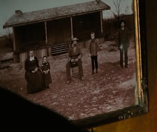 The Buckner Family The Cabin In The Woods Wiki Fandom Powered By