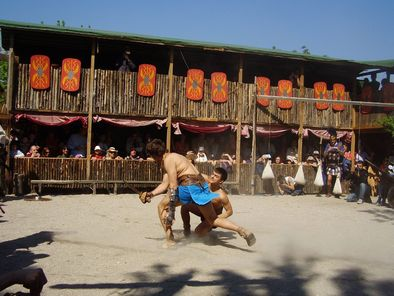 Roman-gladiator-school-photo 992525-fit468x296