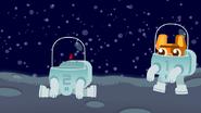 DVS1E2 Astronaut 1 comes