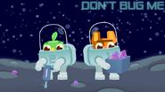 DVS1E2 Astronaut 1 took a box