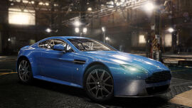 ASTON-MARTIN-V8-VANTAGE-S-2012 full big