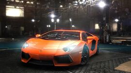 LAMBORGHINI AVENTADOR full big