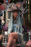 D2 Uma China Anne McClain