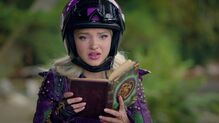 Descendants2-disneyscreencaps.com-3528