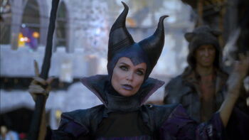 Maleficent S Scepter Descendants Wiki Fandom Powered By