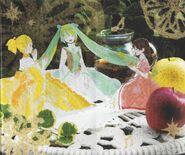Riliane, Michaela y Yukina