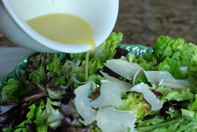 Greengarlicsalad
