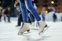 Best-outdoor-ice-skating-rinks-2-640x423
