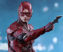 The-Flash-Justice-League-Hot-Toys-featured-322x268
