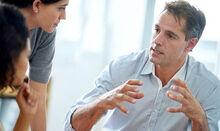 Man-talking-conversation-775964