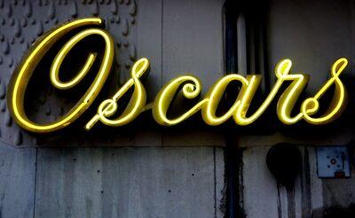 Oscars neon