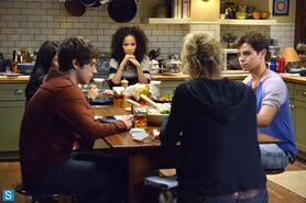 The Fosters - Episode 1.12 - House and Home - Promotional Photos (2) FULL