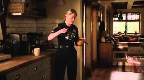 The Fosters 1x02 Sneak Peek - Callie's Past