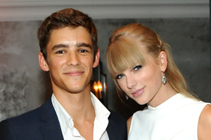 File:Taylor-swift-the-giver.jpg