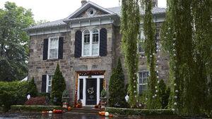 Grey House 8